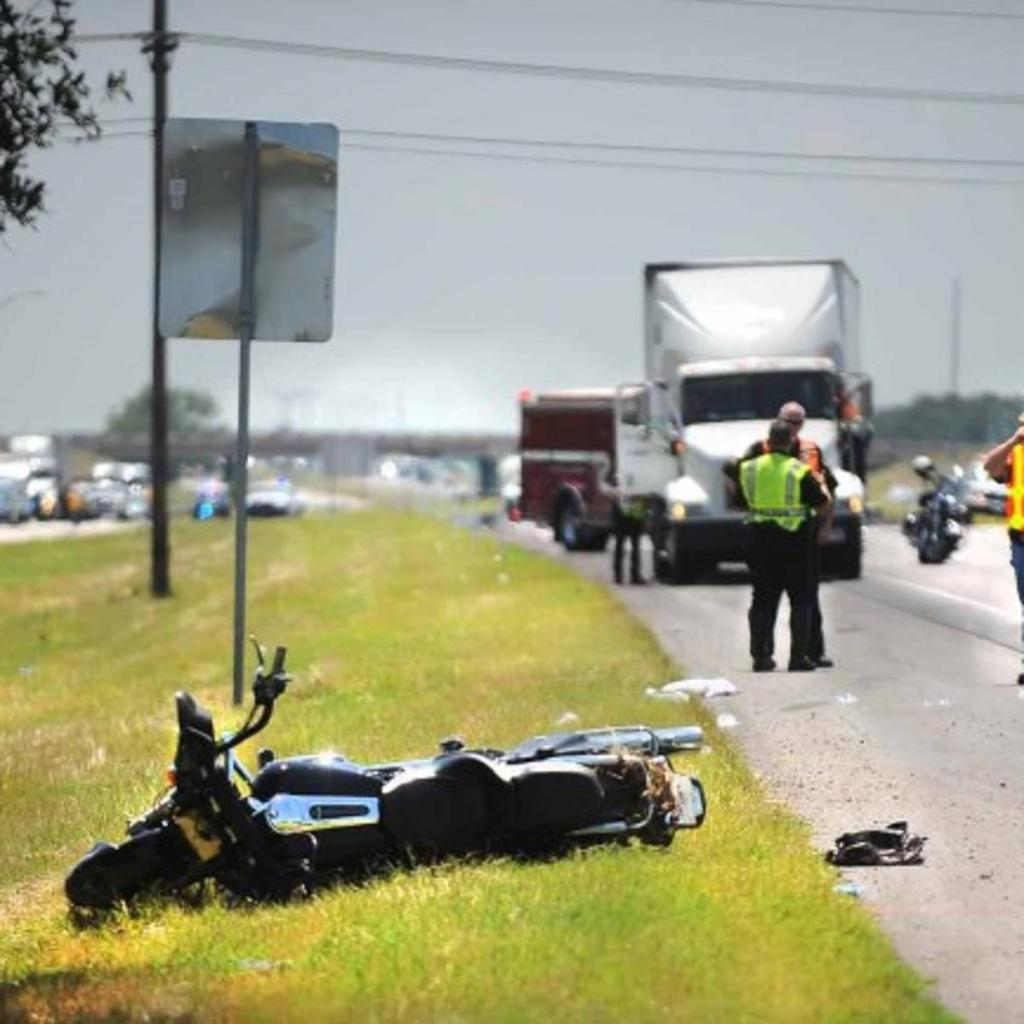 Motorcycle wreck in texas